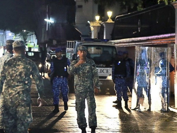 Vietnamese citizens warned not to travel to Maldives hinh anh 1
