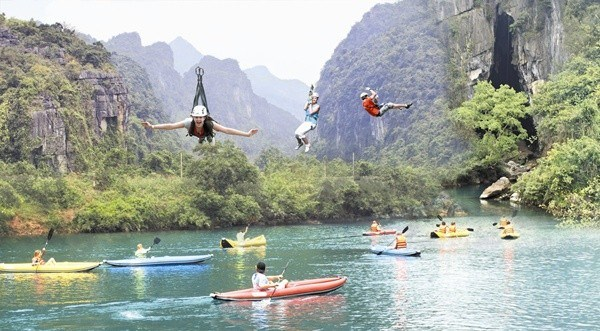 Quang Binh plans to build world's longest zip-line system hinh anh 1