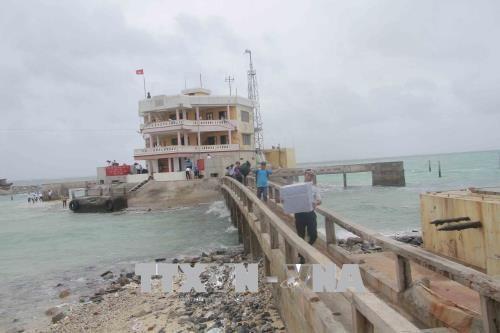Tet comes early to Truong Sa islanders hinh anh 1