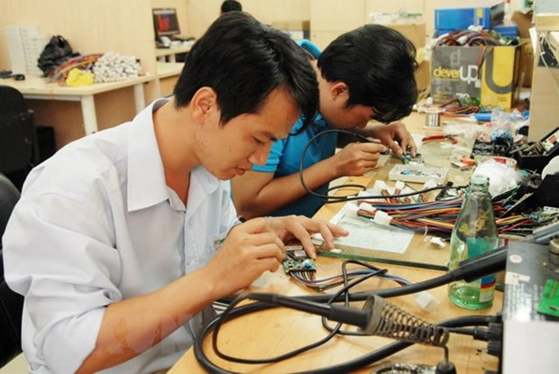 Training course on micro-electro-mechanical technology ends hinh anh 1