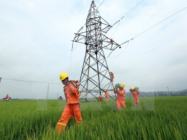 Over 4,100 households of Son La to access power before Tet hinh anh 1