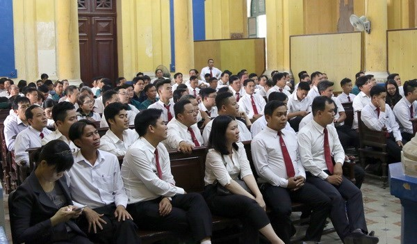 Trial of Vinasun-Grab civil case suspended for one month hinh anh 1