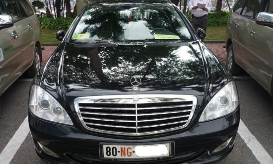Gov't tightens diplomatic car imports hinh anh 1