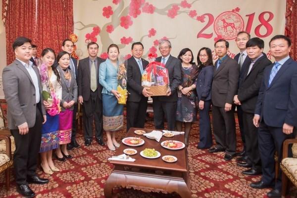 Vietnam, Lao diplomats meet in Washington ahead of Tet hinh anh 1