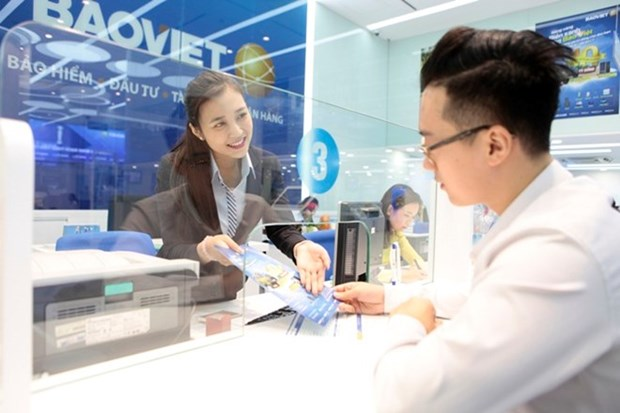 Vietnam insurance benefits from foreigners hinh anh 1