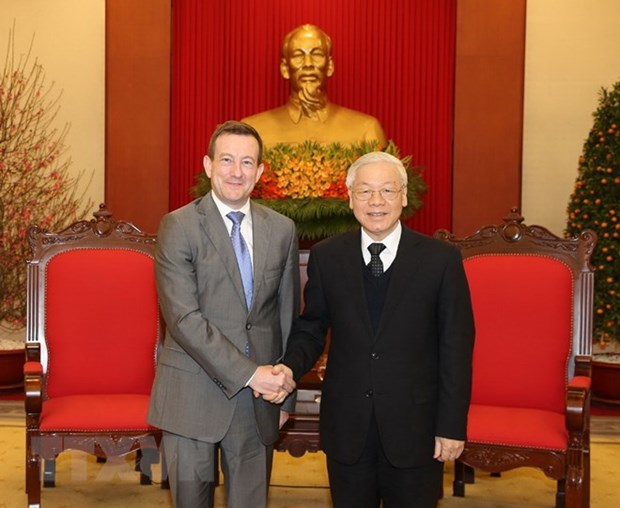 Party chief receives French Ambassador hinh anh 1