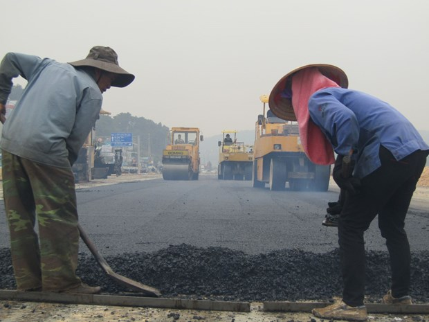 Major highway to be completed by April hinh anh 1