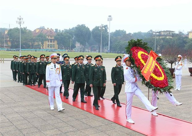Leaders pay tribute to President Ho Chi Minh ahead of Tet hinh anh 3