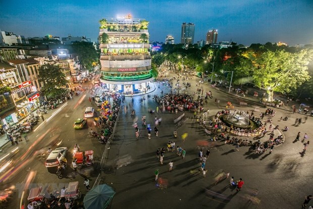 Hanoi to not open pedestrian streets on Tet hinh anh 1