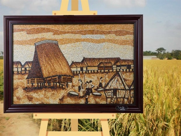 Rice paintings in Kon Tum highlight Central Highlands hinh anh 2
