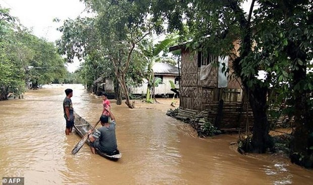 Storm Sanba kills 9 in Philippines hinh anh 1