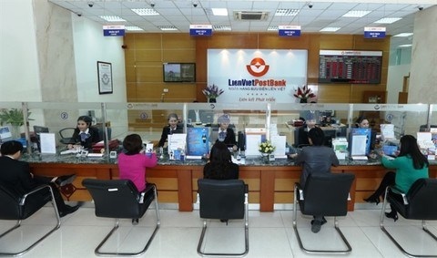 Banks recruit thousands of employees in 2017 hinh anh 1