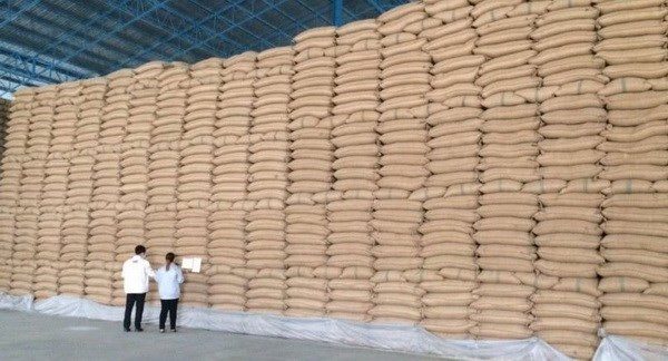 Thai rice exporters urge baht rise curb hinh anh 1