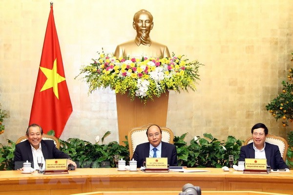 PM urges prompt resumption of work following Tet holiday hinh anh 1