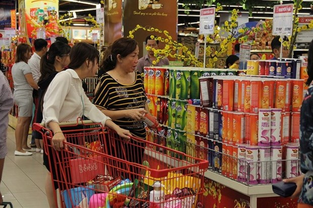 Report: Positive outlook for FMCG sector hinh anh 1