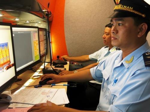Binh Duong customs facilitate import-export activities during Tet hinh anh 1