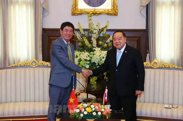Thailand pledges to maintain close defence, security ties with Vietnam hinh anh 1