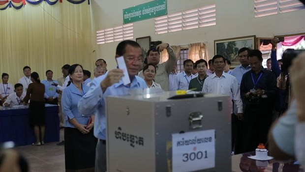 Cambodia holds Senate election hinh anh 1