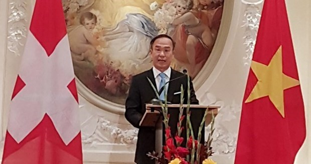 Vietnam mission in Geneva holds early-spring gathering hinh anh 1