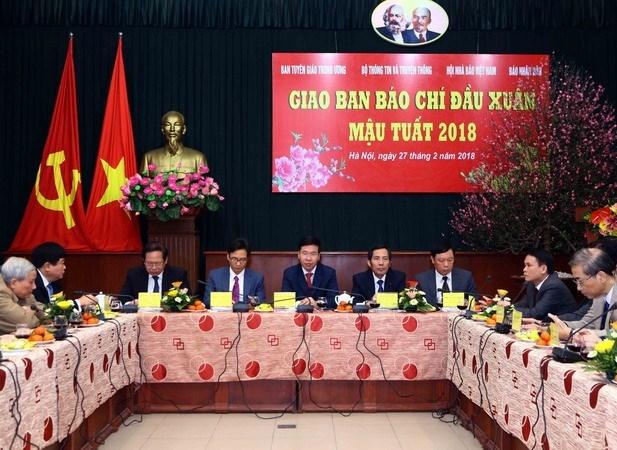 Deputy PM lauds press for socio-economic development hinh anh 1