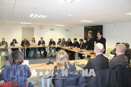 Vietnam, France share experience in organic agriculture hinh anh 1