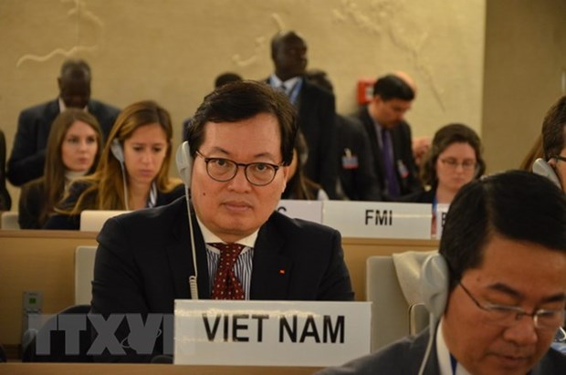 ICT role in promoting economic, cultural, social rights discussed in Geneva hinh anh 1