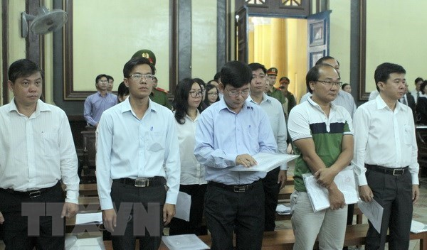 HCM City begins trial on intentional violation of rules at Navibank hinh anh 1