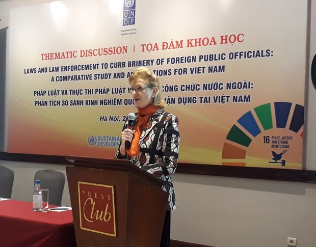 Study helps complete legal framework to combat corruption hinh anh 1
