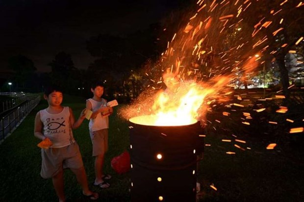 Singapore strictly controls burning of votive papers hinh anh 1
