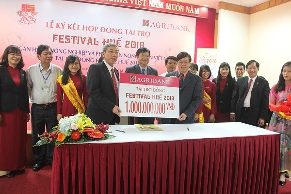 Agribank funds 1 billion VND for Hue Festival 2018 hinh anh 1