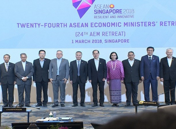 ASEAN economic ministers meet in Singapore hinh anh 1
