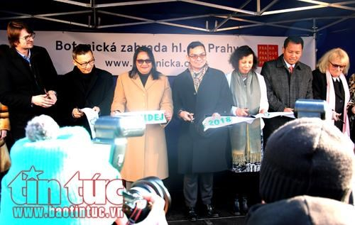Vietnam attends orchid diplomacy event in Czech Republic hinh anh 1