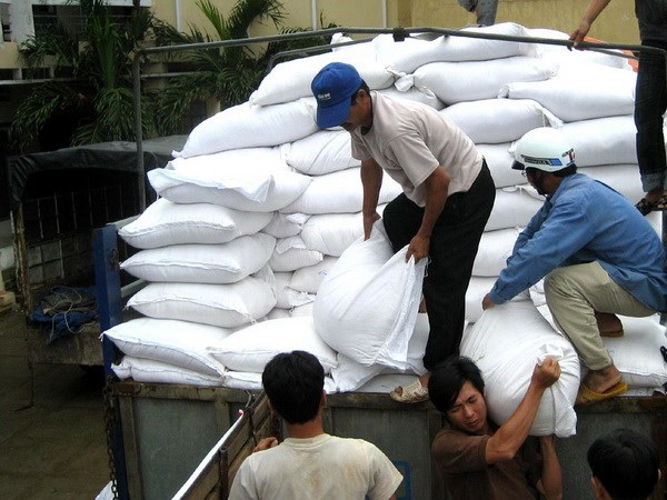 RoK offers 10,000 tonnes of rice in aid to typhoon-hit provinces hinh anh 1