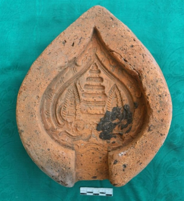 700-year-old clay mould unearthed in central province hinh anh 1