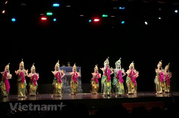 Indonesia works to preserve traditional dance hinh anh 1