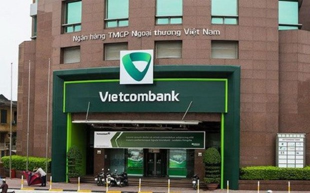 Banks adjust service fees to boost retail banking segment hinh anh 1