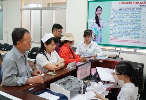 Ho Chi Minh City strives for 18 doctors per 10,000 residents hinh anh 1