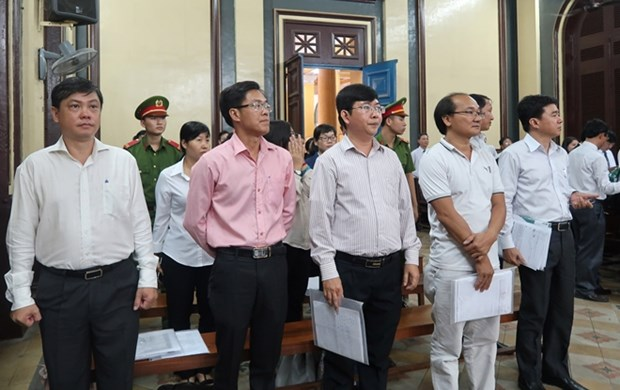 HCM City court halts trial of Navibank case hinh anh 1