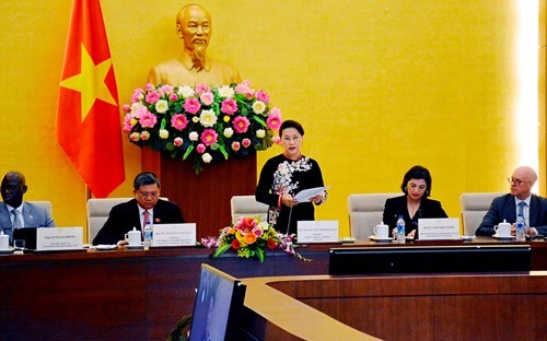 NA leader receives WB-IMF Parliamentary Network delegation hinh anh 1
