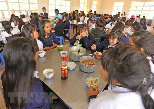 Thanh Hoa: Rice aid for nearly 20,000 disadvantaged students hinh anh 1