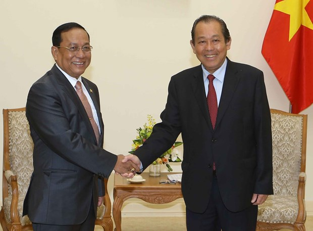 Deputy PM Truong Hoa Binh receives Myanmar border minister hinh anh 1