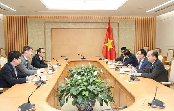 Vietnamese government appreciates economists' feedback: Deputy PM hinh anh 1