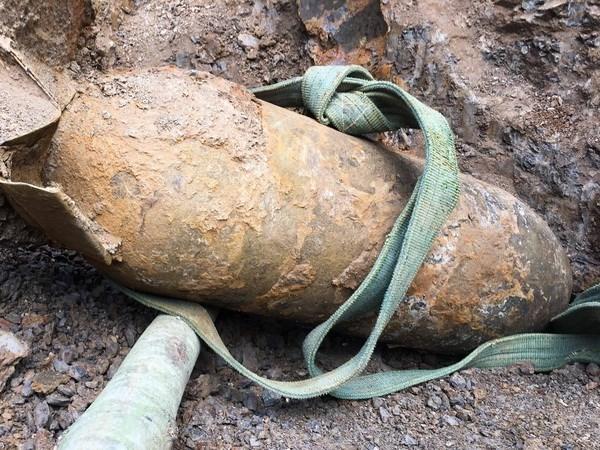 Dien Bien: war-left bomb safely deactivated hinh anh 1
