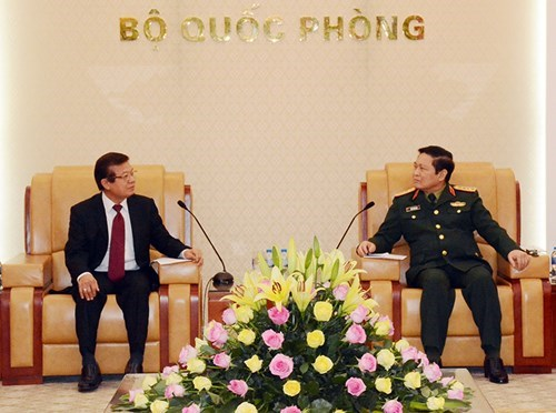 Defence Minister welcomes Cambodia's interior ministry official hinh anh 1