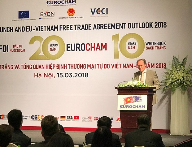 EuroCham launches 10th edition of Whitebook in Hanoi hinh anh 1