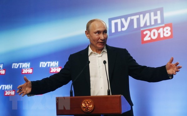 Party chief congratulates re-elected President V. Putin hinh anh 1