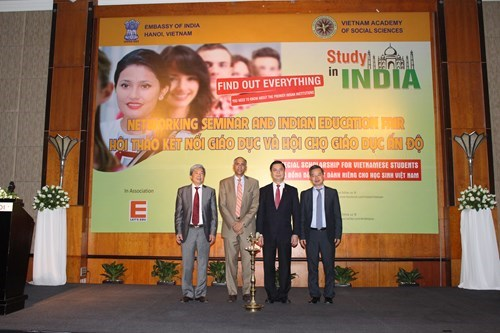Educational cooperation helps promote Vietnam-India ties: workshop hinh anh 1
