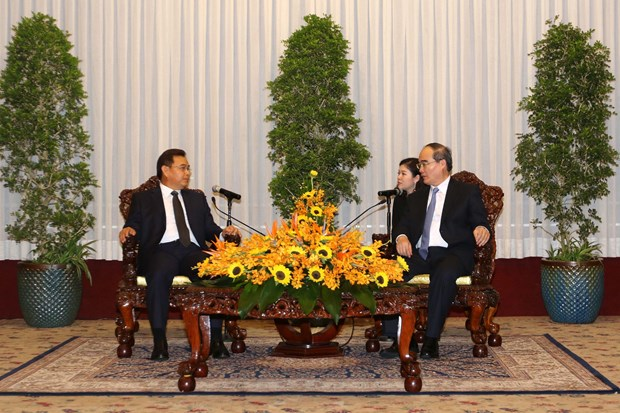 HCM City fosters collaboration with Laos hinh anh 1