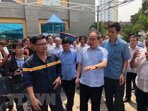 HCM City leader asks apartment fire checks after Carina Plaza visit hinh anh 1