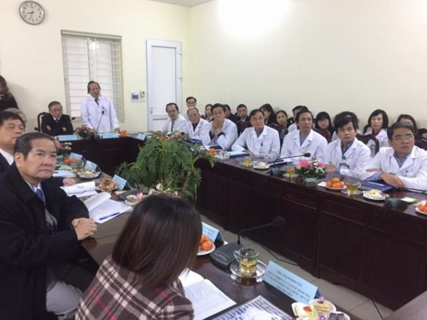 Hospital utilises technological advances in lung cancer treatment hinh anh 1